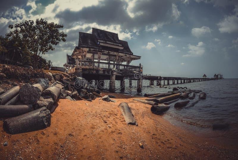 Escola budista de Jittapawan - Tailândia imagens de stock