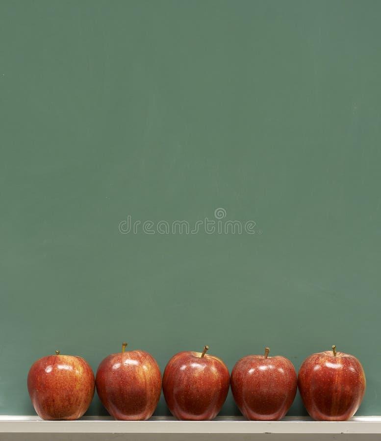 Escola e maçãs imagens de stock royalty free