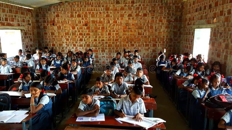 Escola tribal na Índia foto de stock