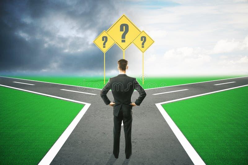 Escolha diferente do homem de negócios do sentido ilustração do vetor