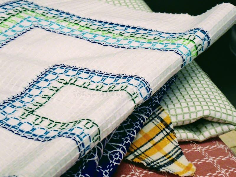 Escondite hecho a mano de la materia textil Paño cosido colorido foto de archivo libre de regalías