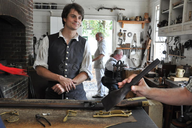 Escopetero y fundador en Williamsburg colonial, Virginia fotografía de archivo