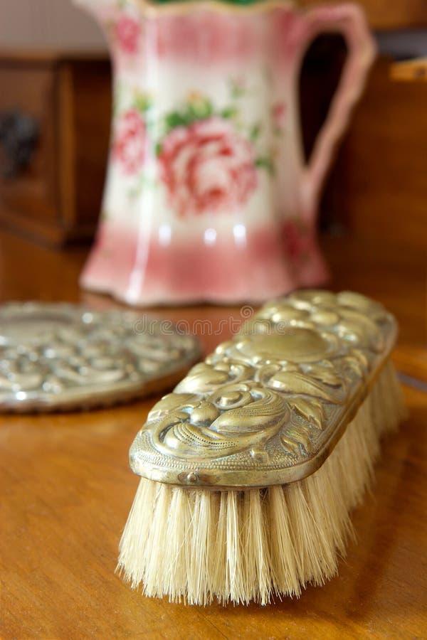 Escova antiga. imagens de stock