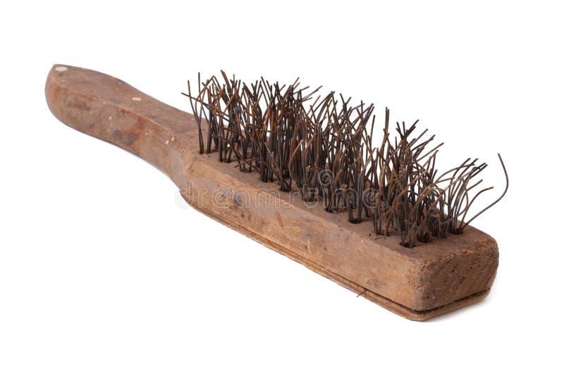 A escova de fio de madeira com metal eriça-se para a oxidação remove foto de stock