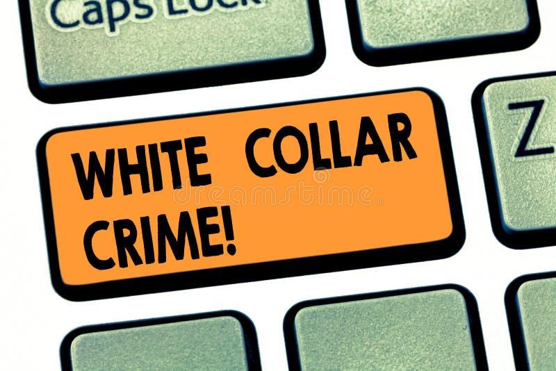Escrevendo a exibição da nota o crime branco do colar Apresentar da foto do negócio consulta o crime não-violento financeiramente imagens de stock
