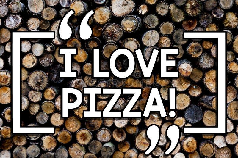 Escrevendo a nota que mostra eu amo a pizza Foto do negócio que apresenta para gostar do alimento muito italiano com os pepperoni fotografia de stock royalty free