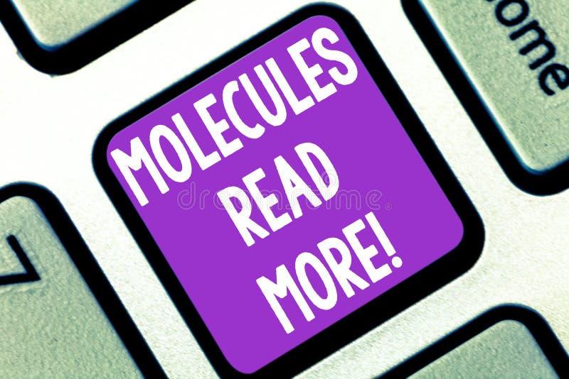 Escrevendo a nota que mostra moléculas leia mais Foto do negócio uma quantidade a menor apresentando de ácaro químico da partícul imagem de stock