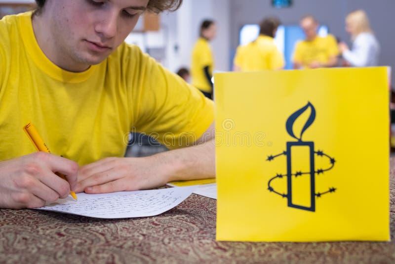 Escriba para las derechas, el acontecimiento más grande de los derechos humanos de Amnesty International fotos de archivo libres de regalías