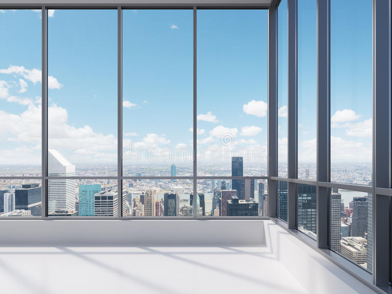 Escritório com janela grande foto de stock royalty free