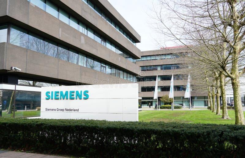 Escritório de Siemens em Haia, os Países Baixos imagem de stock royalty free