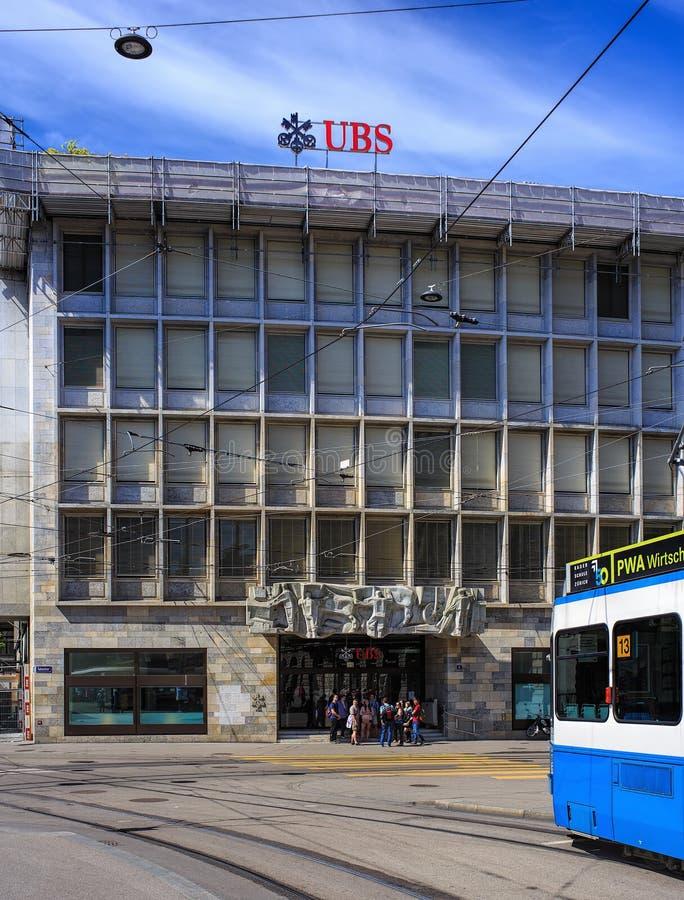 Escritório do UBS na rua de Talacker em Zurique imagem de stock
