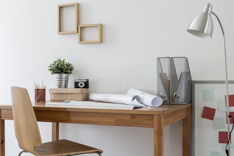 Escritório domiciliário de Minimalistic fotos de stock royalty free