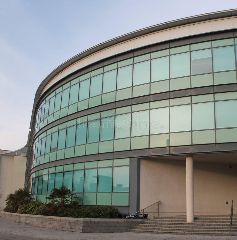 Escritórios modernos em Swansea, Wales fotografia de stock