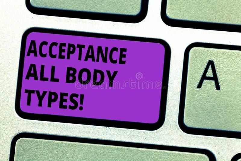 Escrita conceptual da mão que mostra a aceitação todos os tipos de corpo O amor-próprio do texto da foto do negócio não julga mos fotos de stock