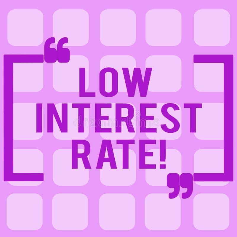 Escrita conceptual da mão que mostra a baixa taxa de juro Porcentagem apresentando da foto do negócio que o banco adiciona cada a ilustração royalty free