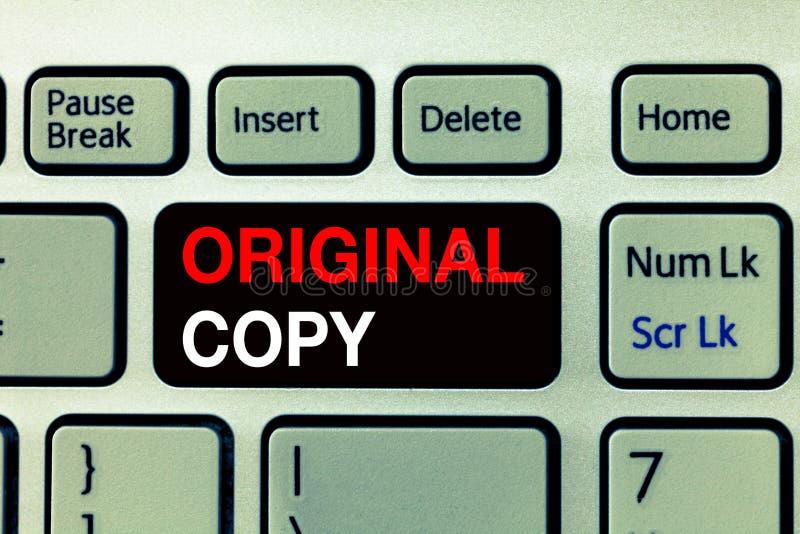 Escrita conceptual da mão que mostra a cópia original Lista principal patenteada marcada Unprinted do roteiro principal do texto  imagens de stock royalty free