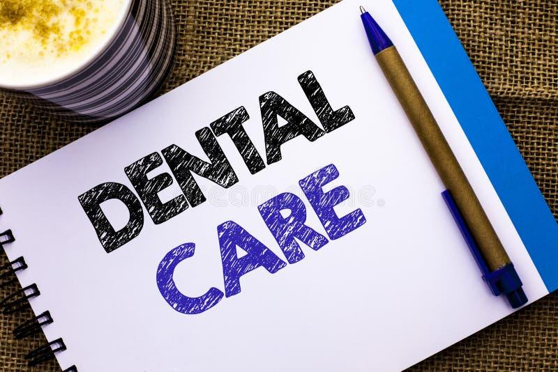 Escrita conceptual da mão que mostra cuidados dentários Foto do negócio que apresenta a proteção de inquietação Regulatio da higi foto de stock royalty free
