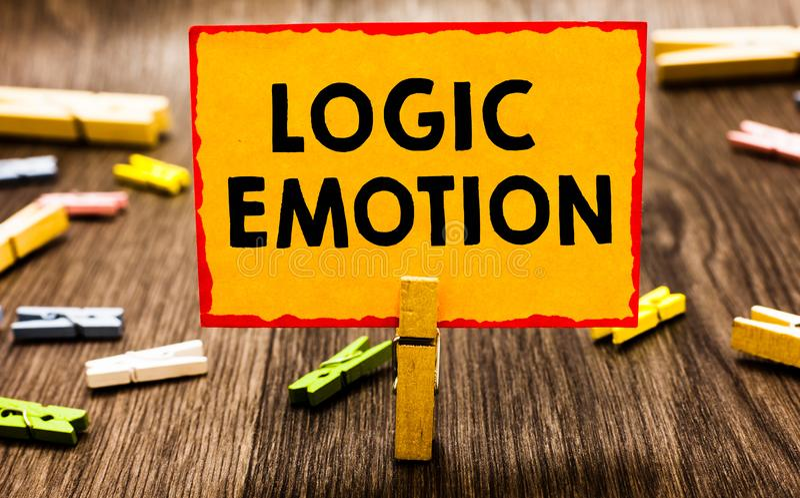 Escrita conceptual da mão que mostra a emoção da lógica Foto do negócio que apresenta os sentimentos desagradáveis girados para o fotografia de stock