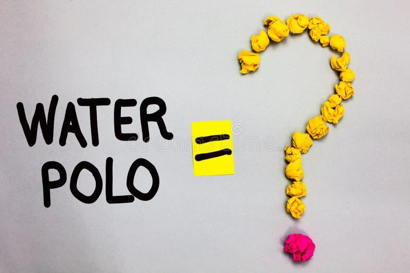 Escrita conceptual da mão que mostra o polo aquático A foto do negócio que apresenta o esporte de equipe competitivo jogou na águ imagens de stock