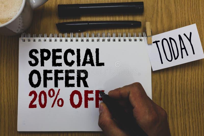 Escrita conceptual da mão que mostra a oferta especial 20 fora Oferta varejo do mercado das vendas da promoção dos discontos do t imagem de stock royalty free
