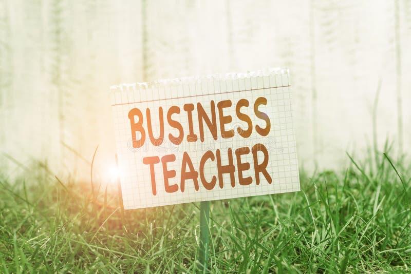 Escrita manual conceptual mostrando professor de negócios Texto da foto de empresa Educadores que treinam estudantes sobre negóci fotos de stock