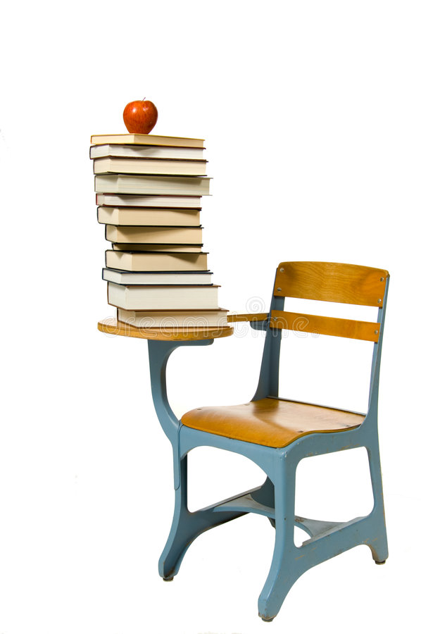 Escritorio de la escuela en blanco imagen de archivo