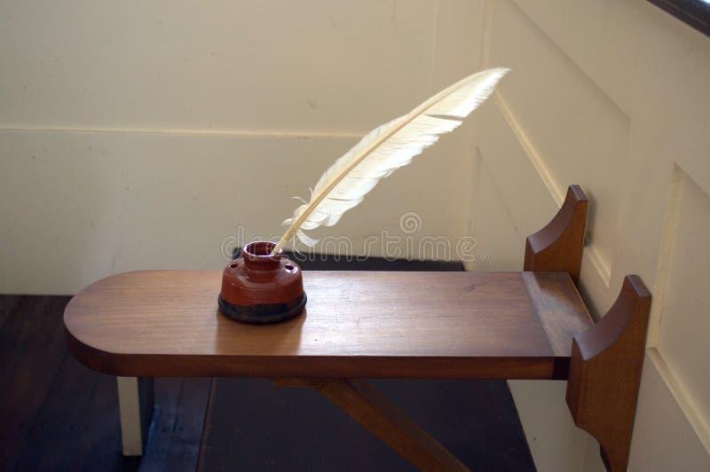 Escritorio portátil pasado de moda en iglesia Localizado en la casa de reunión del sur vieja Boston foto de archivo libre de regalías