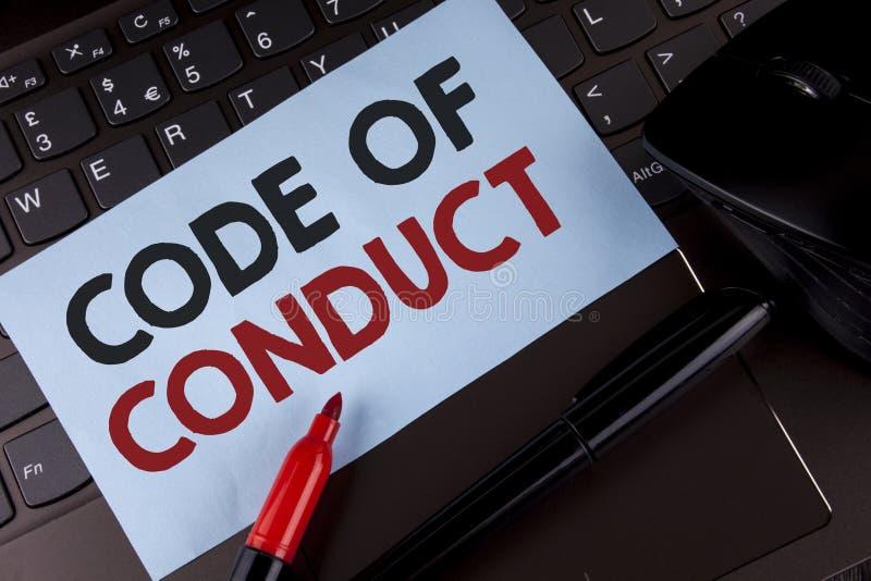 Escritura conceptual de la mano que muestra código de conducta La exhibición de la foto del negocio sigue principios y los estánd imagen de archivo libre de regalías