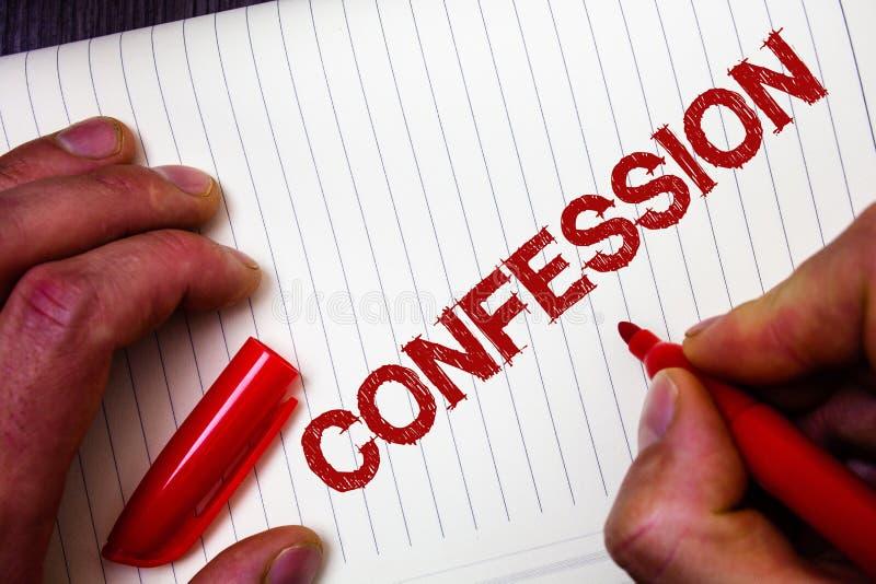 Escritura conceptual de la mano que muestra la confesión Elocución de exhibición Asserti de la divulgación del acceso de la revel imagen de archivo