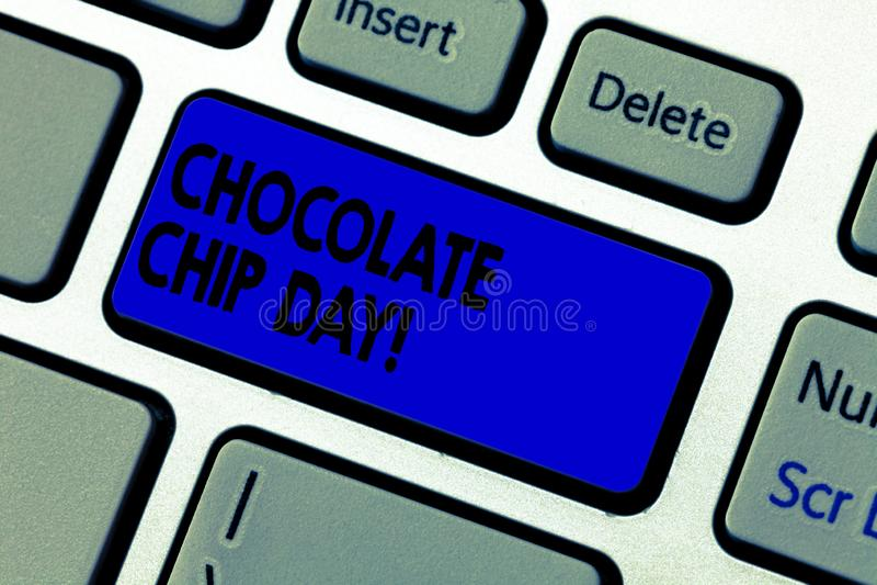 Escritura conceptual de la mano que muestra el chocolate Chip Day Fecha del texto de la foto del negocio para disfrutar de pedazo foto de archivo