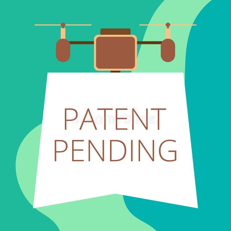 Escritura conceptual de la mano que muestra la patente pendiente La petición de exhibición de la foto del negocio archivó ya pero ilustración del vector