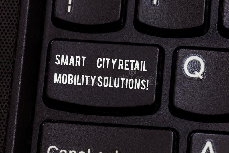 Escritura conceptual de la mano que muestra soluciones de la movilidad de la venta al por menor de Smart City El texto de la foto imagen de archivo