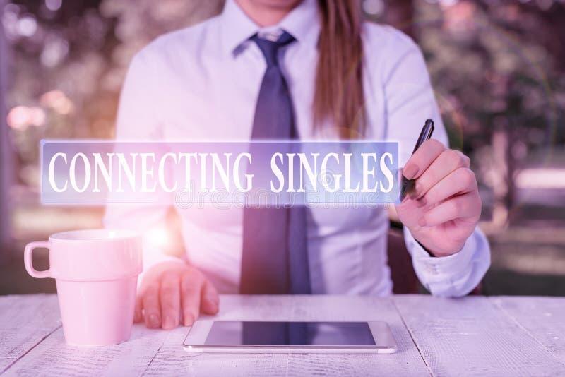 Escritura conceptual a mano mostrando Connecting Singles Foto de negocios mostrando sitio de citas en línea para solteros sin nin imágenes de archivo libres de regalías