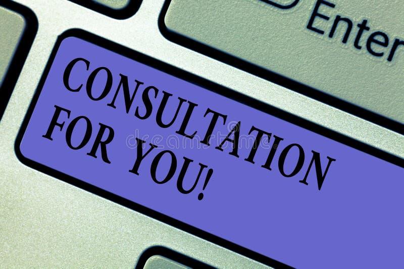 Escritura de la nota que muestra la consulta para usted Foto del negocio que muestra hablando algo con alguien para conseguir foto de archivo