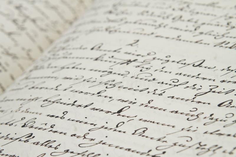 Escritura de la vieja mano imágenes de archivo libres de regalías