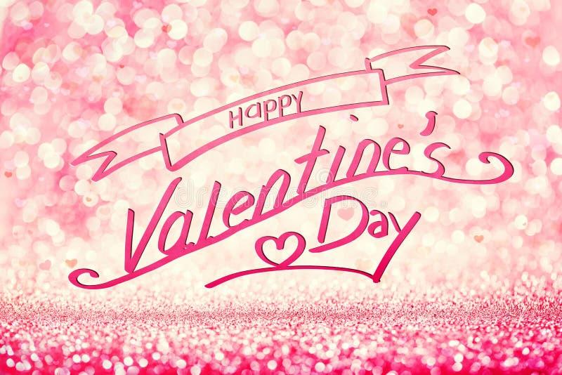 Escritura del DÍA de S de la TARJETA DEL DÍA DE SAN VALENTÍN FELIZ 'en fondo rosado reluciente imágenes de archivo libres de regalías