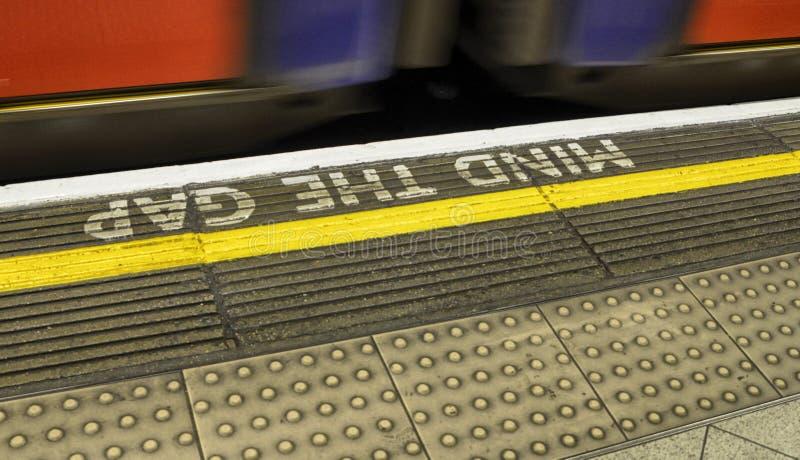 Escritura del metro de Londres foto de archivo