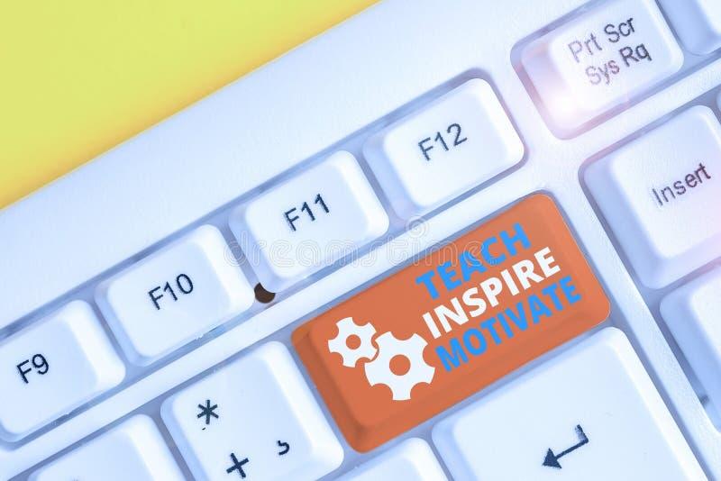 Escritura a mano de texto Teach Inspire Motivate Concepto que significa iniciar la imaginación para sentir la necesidad de aprend fotografía de archivo libre de regalías