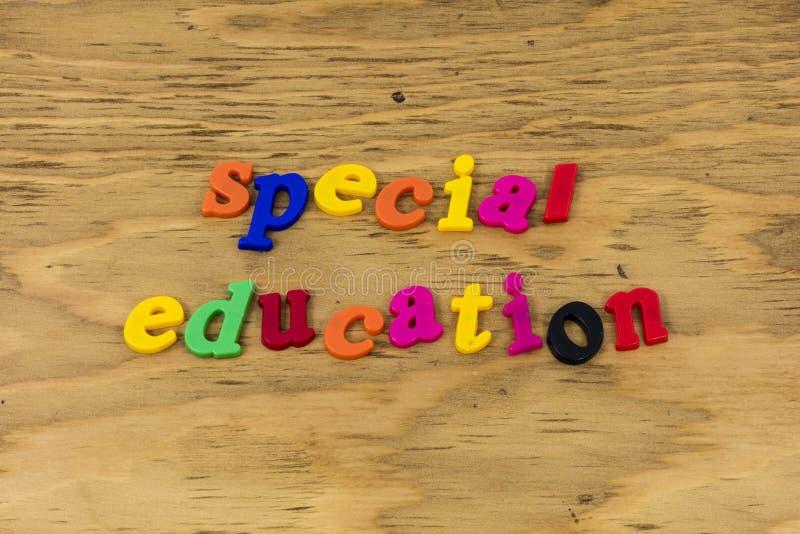 Escuela de la clase de la educación especial educar plástico foto de archivo libre de regalías