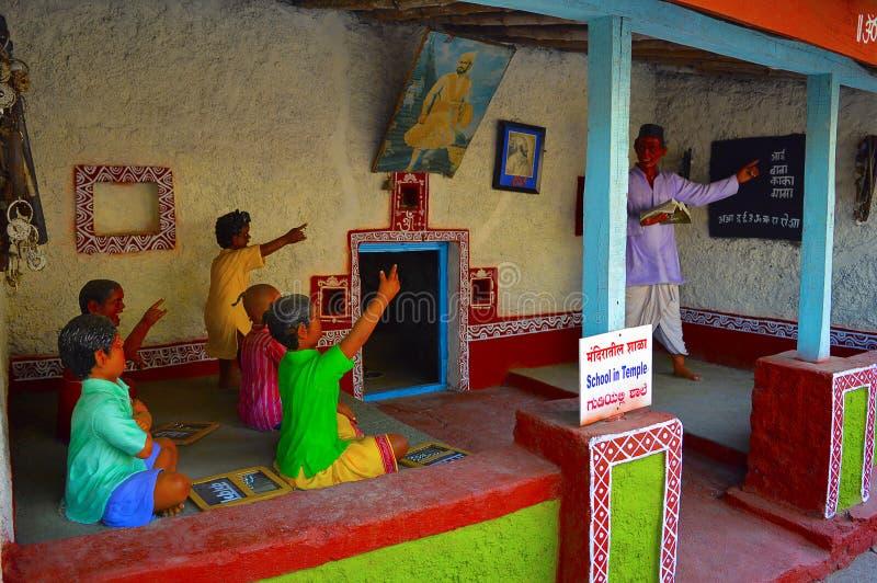 Escuela en el templo, museo de la escultura, matemáticas de Kaneri, Kolhapur, maharashtra fotos de archivo libres de regalías