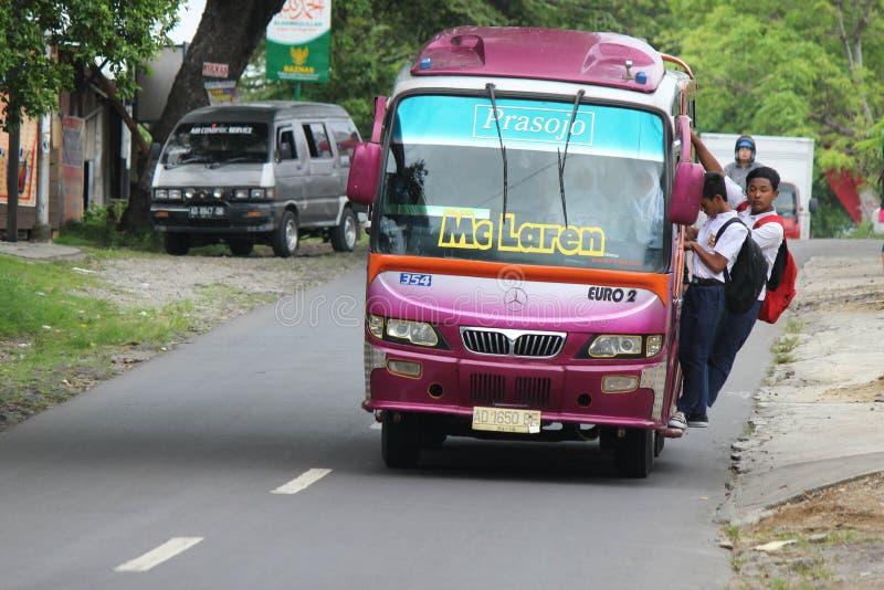 Escuela indonesia del autobús imágenes de archivo libres de regalías