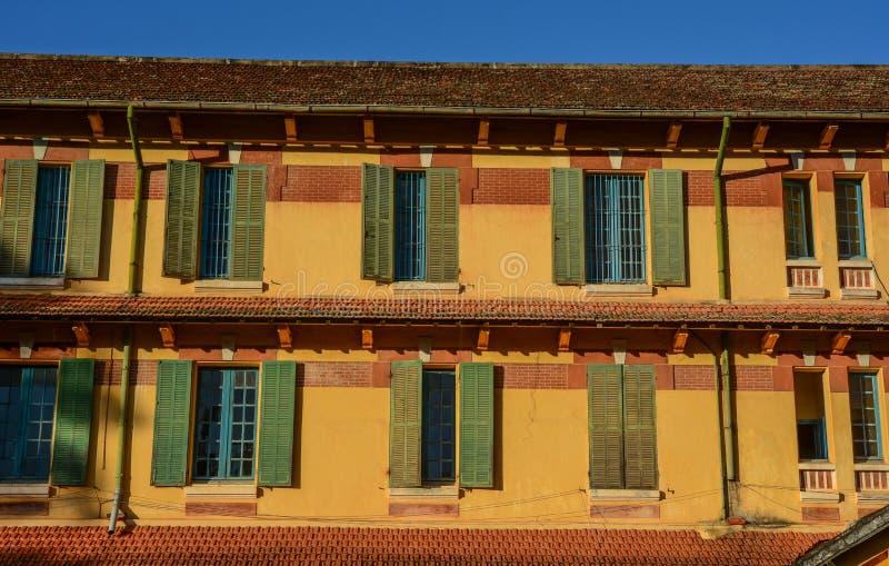 Escuela vieja en Dalat, Vietnam fotos de archivo libres de regalías