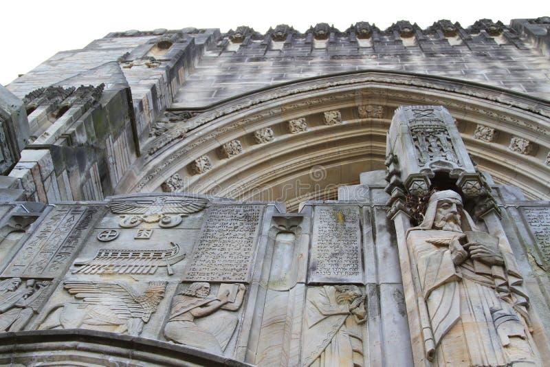 Escultura adornada Yale University imagenes de archivo