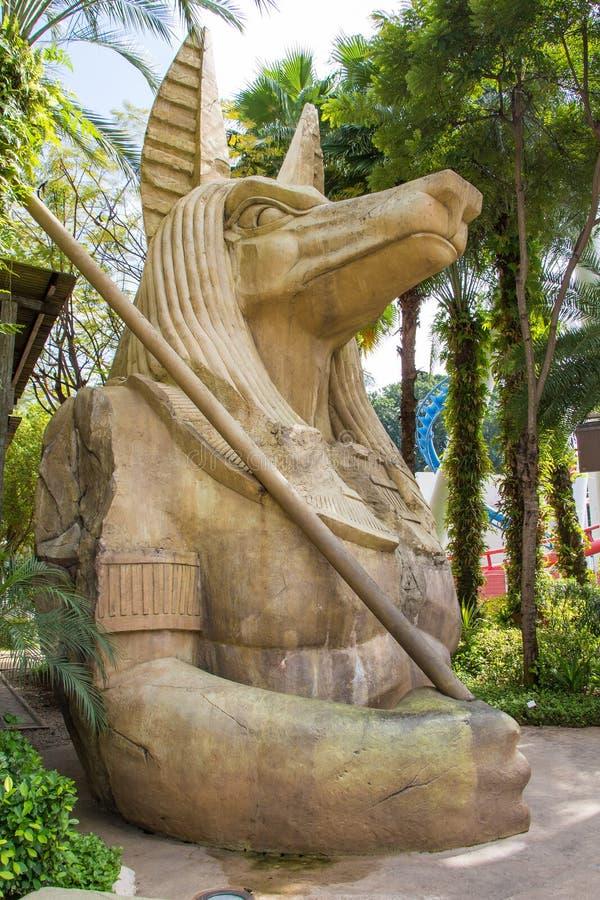 Escultura antigua egipcia de Anubis del arte fotos de archivo libres de regalías