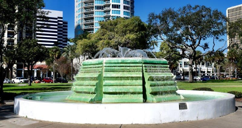 Escultura bicentenária da água imagens de stock