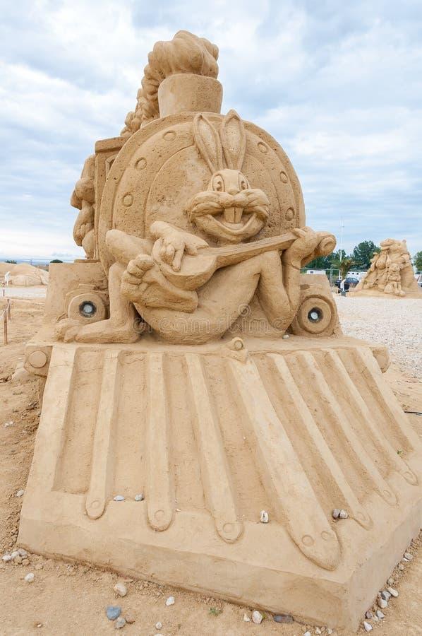 Escultura da areia de Bugs Bunny fotos de stock royalty free