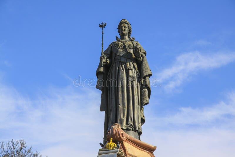 Escultura da czarina Ekaterina II em Krasnodar Detalhes do metal fotos de stock