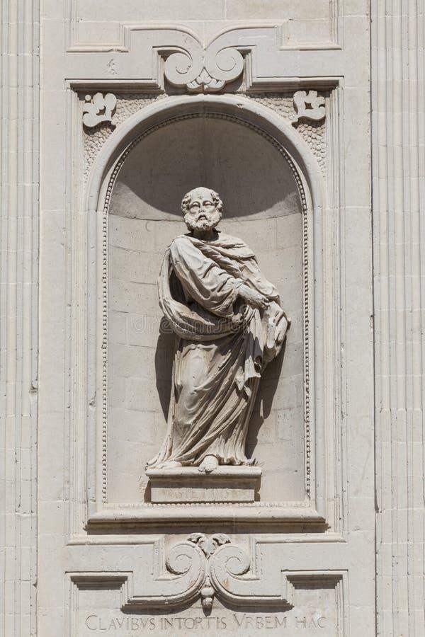 Escultura da estátua, igreja da basílica da cruz santamente Lecce, Itália fotografia de stock