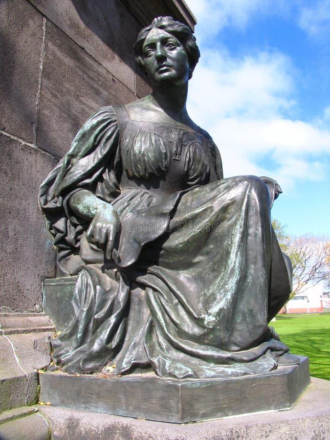 Escultura da mulher imagem de stock royalty free