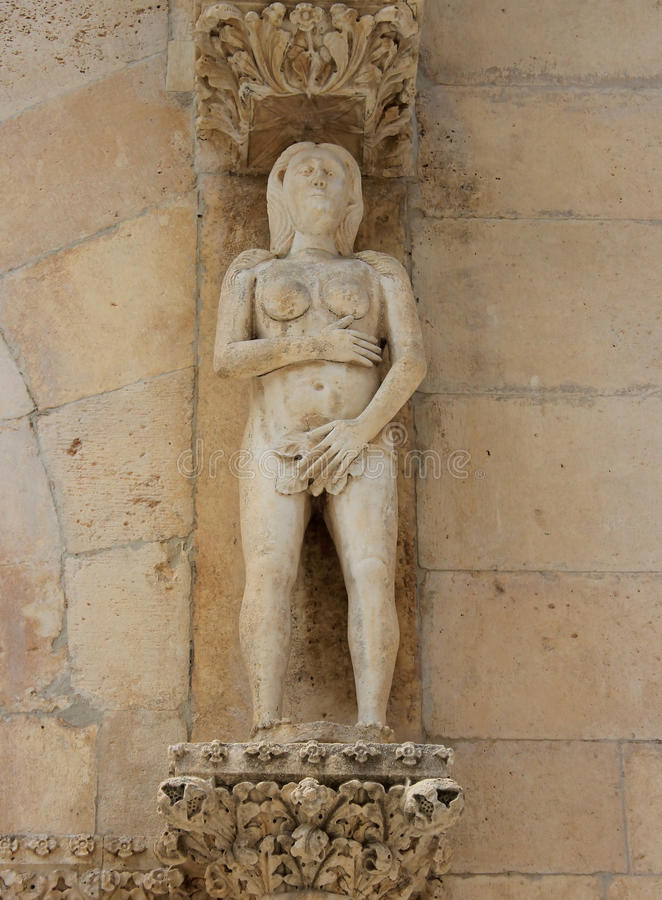 Download Escultura Da Véspera - Catedral De Sibenik Foto de Stock - Imagem de edifício, cristão: 26517350